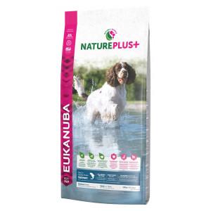 Eukanuba NaturePlus+ Adult Medium Breed Zalm hondenvoer