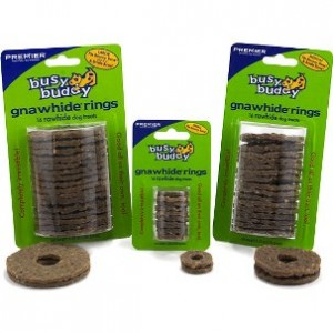 Busy Buddy Gnawhide Rings rawhide bacon voor de hond Small